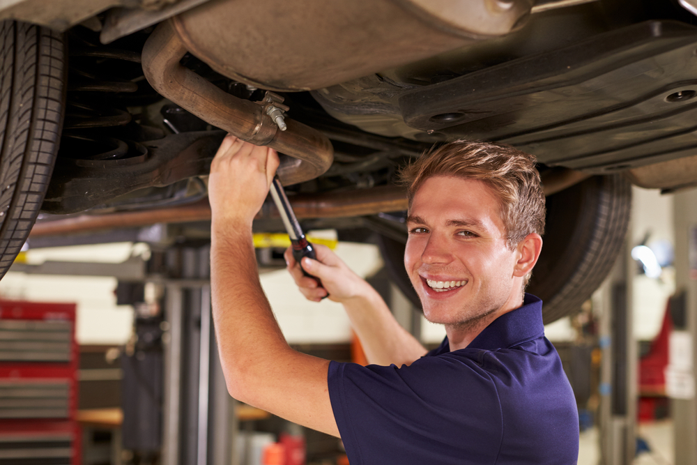 What Can I Study at a Car Mechanic School?