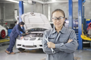 Learn from Automotive Field Experts